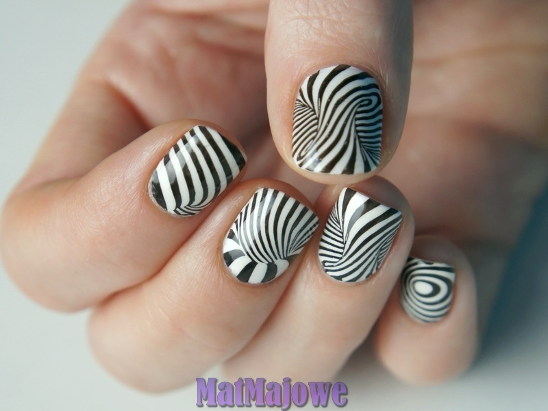 Eye stretching b&w stamping nail art by MatMaja