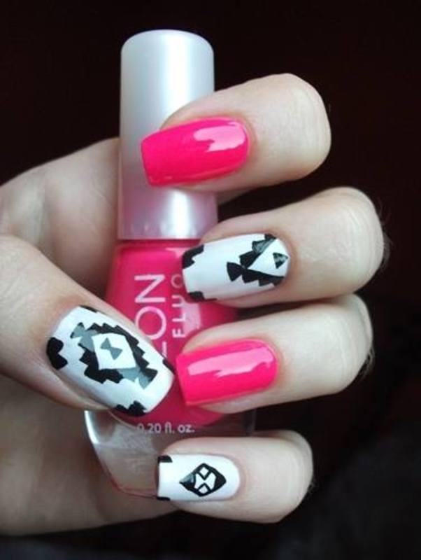 Neon Aztek Nails nail art by Dominika Boruta