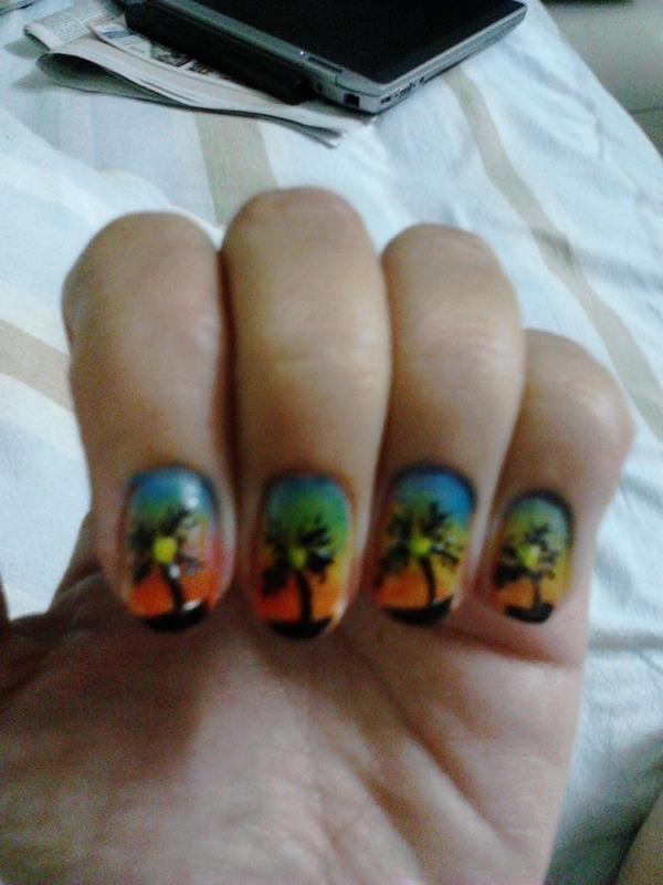 Palm tree nail art by Ruchi