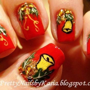 Jingle Bells nail art by Pretty Nails by Kasia