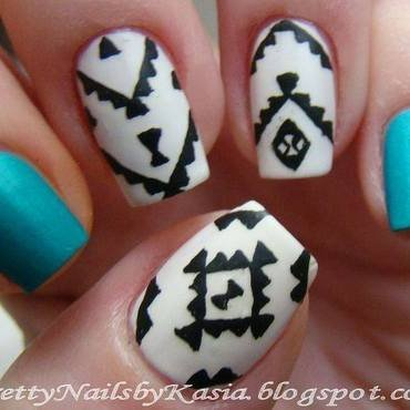 Aztec Nails nail art by Pretty Nails by Kasia