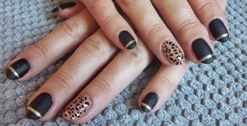 Gold leopard nail art by Dominika Boruta