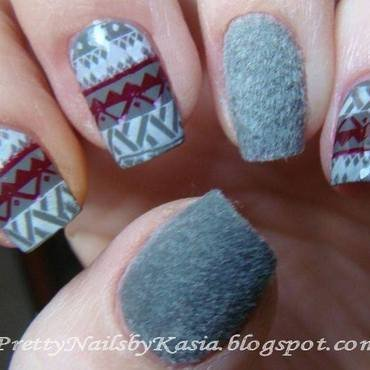 Welwet sweater Nails nail art by Pretty Nails by Kasia
