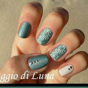 White leaves on green holo nail art by Tanja