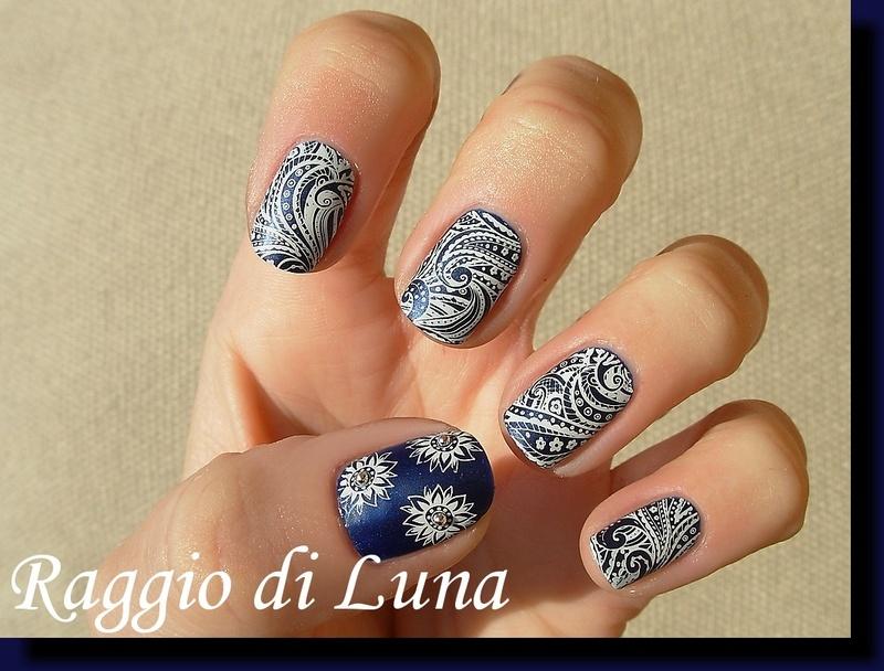 Starfish & Shell theme stamping manicure nail art by Tanja