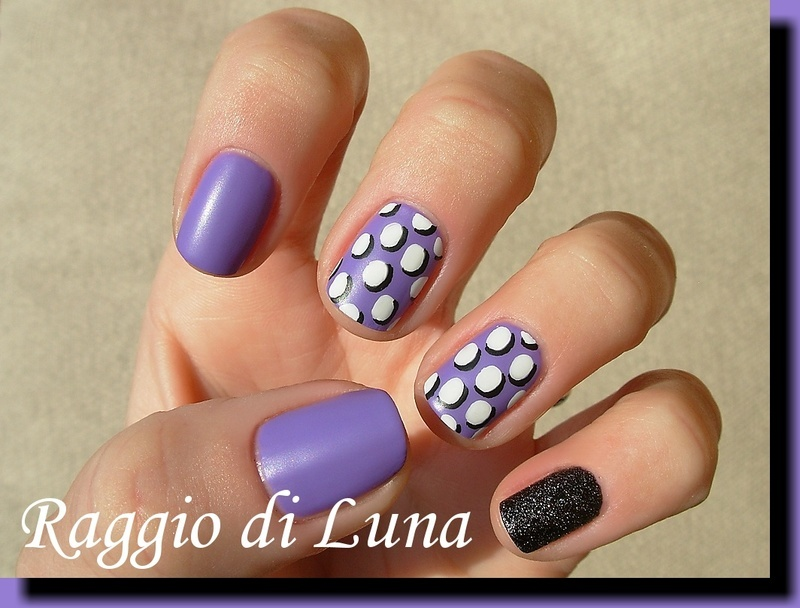 3D circles on light purple skittlette nail art by Tanja