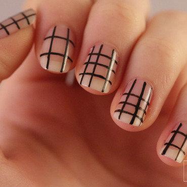 Grid nails2 thumb370f