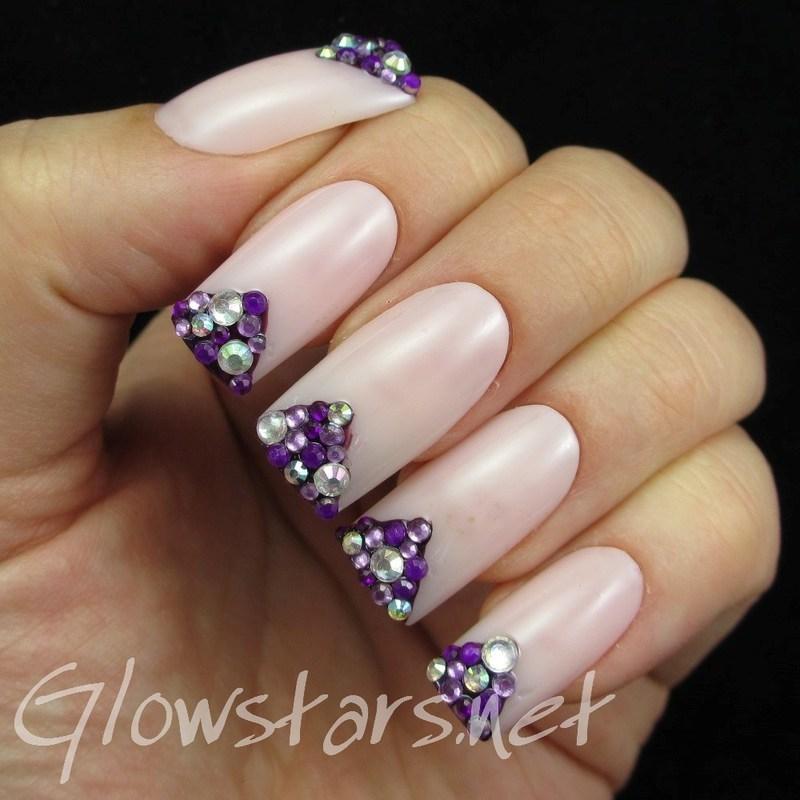 Rhinestone chevron tips nail art by Vic 'Glowstars' Pires