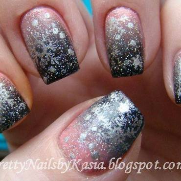 Let it snow! nail art by Pretty Nails by Kasia