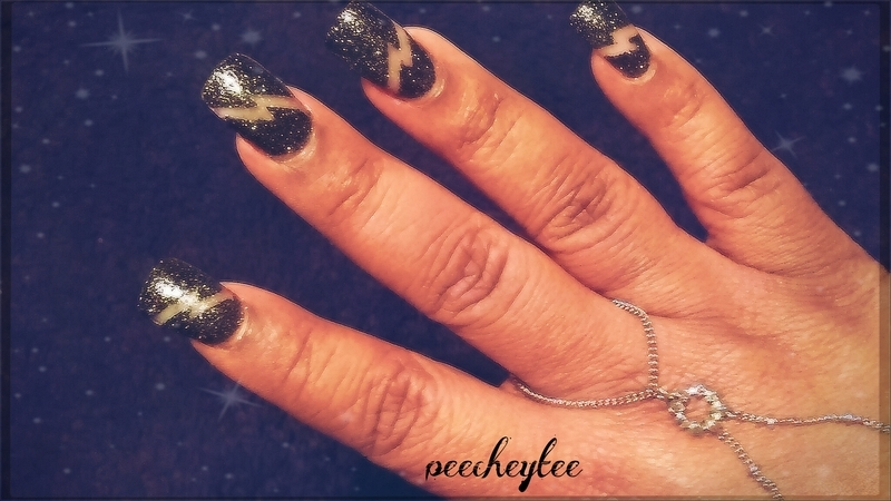 lightning bolt nails nail art by peecheytee