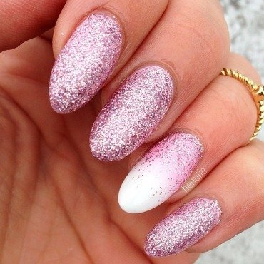 Plastered in glitter amazingness!😍✨ nail art by Henulle