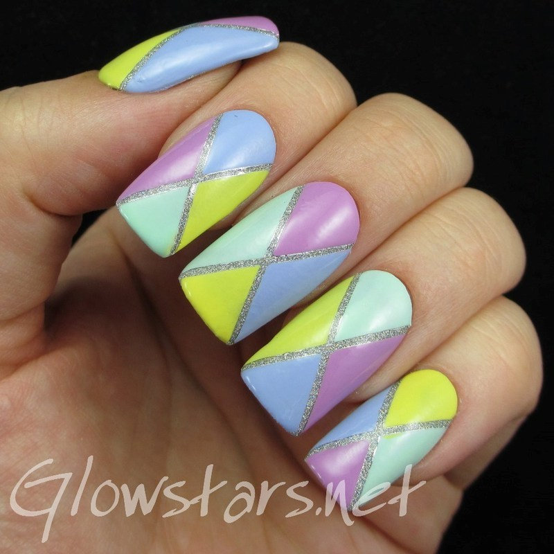 Glitter divided colour blocking nail art by Vic 'Glowstars' Pires