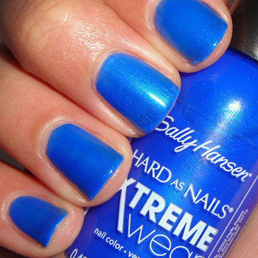Sally Hansen Xtreme Wear Pacific blue Swatch by Jessica