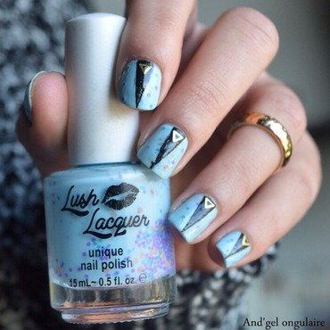 Lush Laquer triangulisé nail art by And'gel ongulaire
