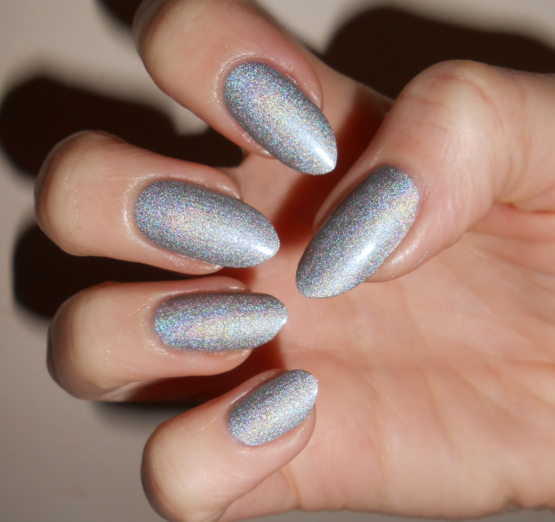 Seventeen holographic Swatch by MyMintNails