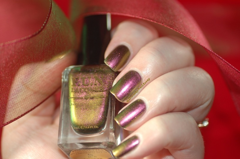 Fun Lacquer Poinsettia Swatch by Dorothy NailAssay