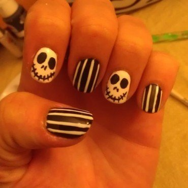 Halloween nails- Jack Skelington nail art by Jamilla