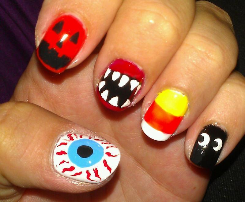 Halloween  nail art by Jamilla
