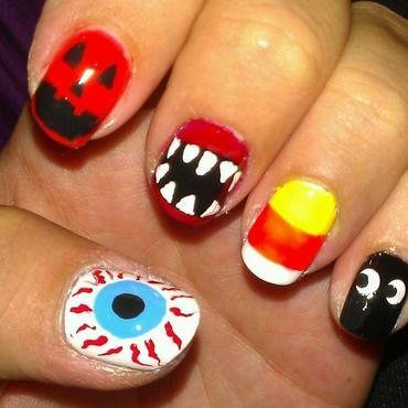 Halloween  nail art by Jamilla