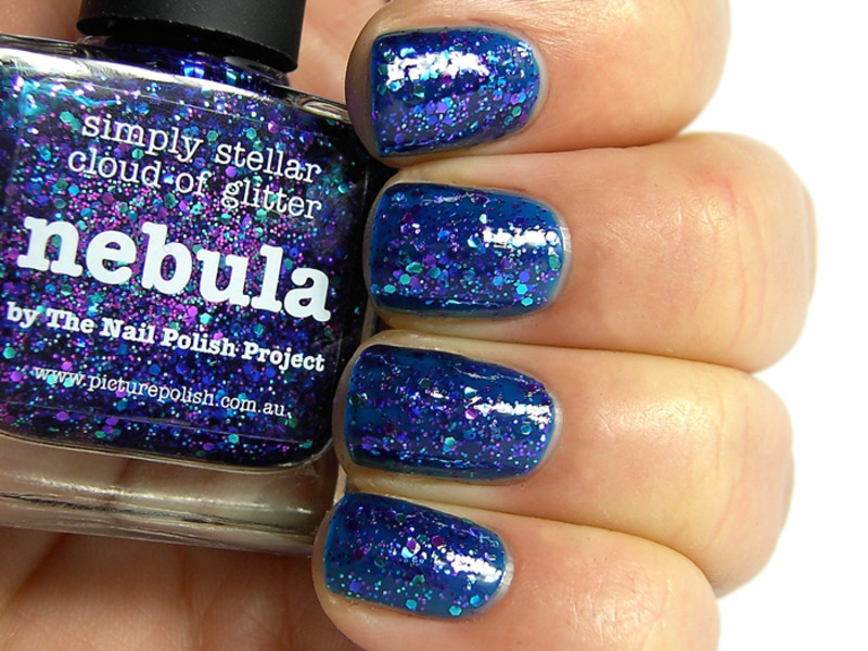 piCture pOlish Nebula Swatch by nihrida