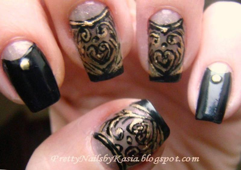 Black & Gold Nails nail art by Pretty Nails by Kasia