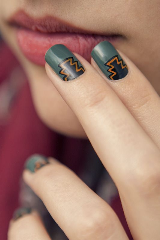 Green Aztec nail art by Magdalena