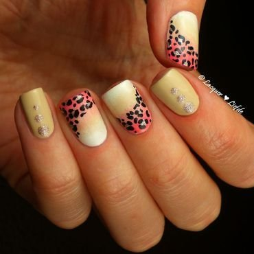 Leopard Gradient nail art by Anna
