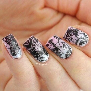Vintage Lace nail art by Ann-Kristin
