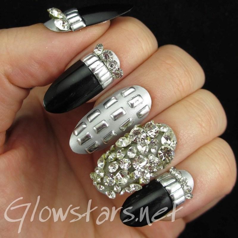 Feat Born Pretty Clear Dazzling Diamond Rhinestones nail art by Vic 'Glowstars' Pires