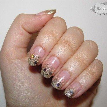 Sandy nails nail art by Lora