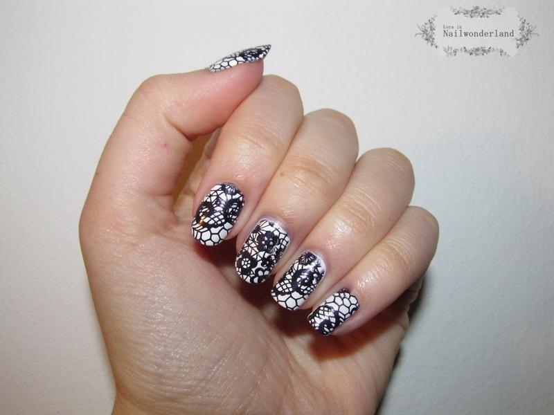 White Lacey nail art by Lora