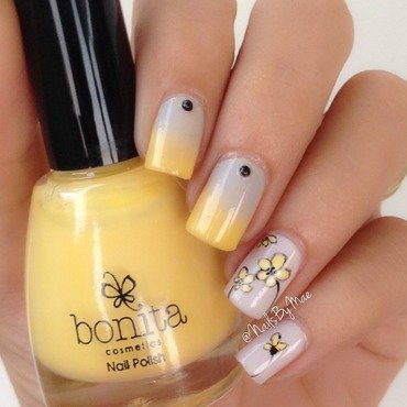 Cute Yellow Flowers nail art by Sheily (NailsByMae)