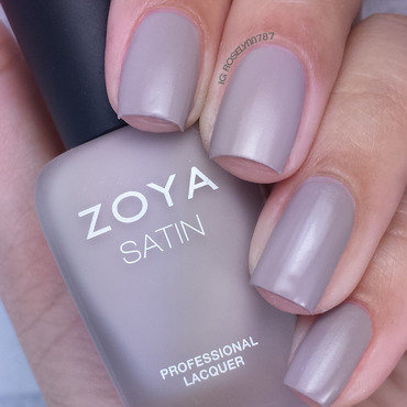 Zoya Rowan Swatch by Rose Mercedes