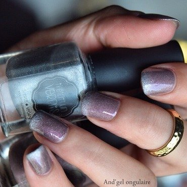 Gradient  nail art by And'gel ongulaire