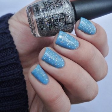 OPI No Room for the Blues and OPI My Voice is a Little Norse Swatch by Romana