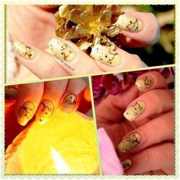 Sweet nail art by Elodie Mayer