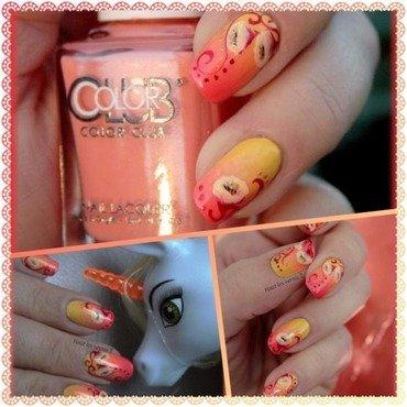 Pop nail art by Elodie Mayer