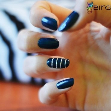Striped nails nail art by Angelika Bogusz