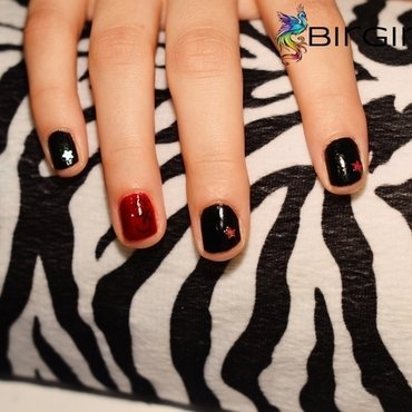Glam rock Nails nail art by Angelika Bogusz