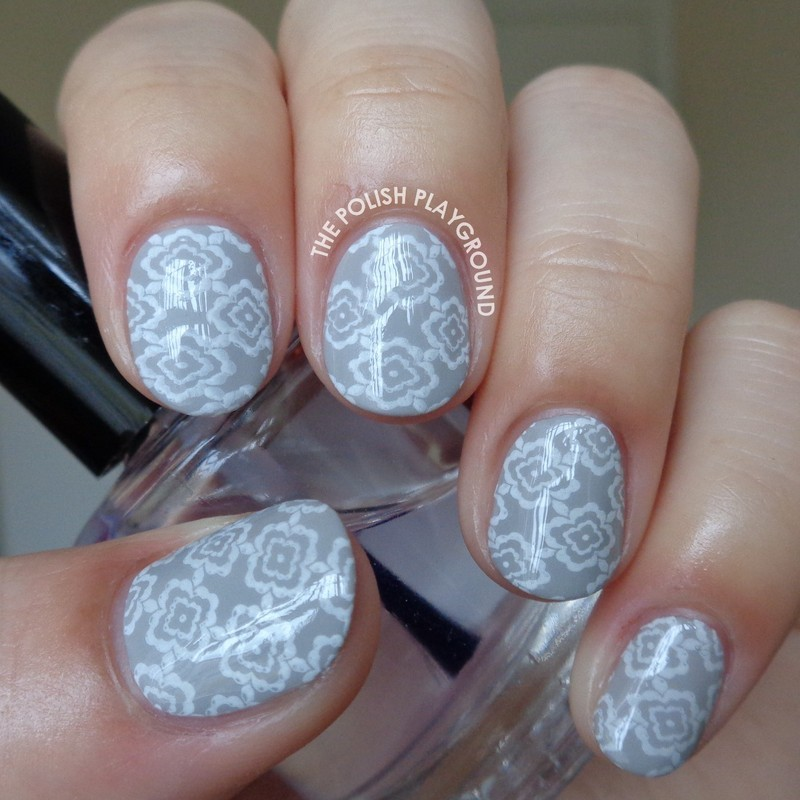 Light Grey and White Floral Wallpaper nail art by Lisa N