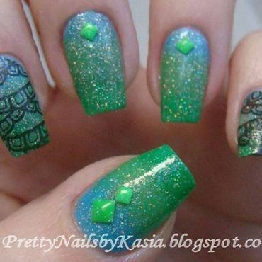 Blue & Green Nails nail art by Pretty Nails by Kasia