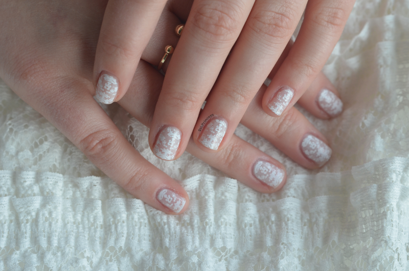 Soft lace nail art by 9th Princess