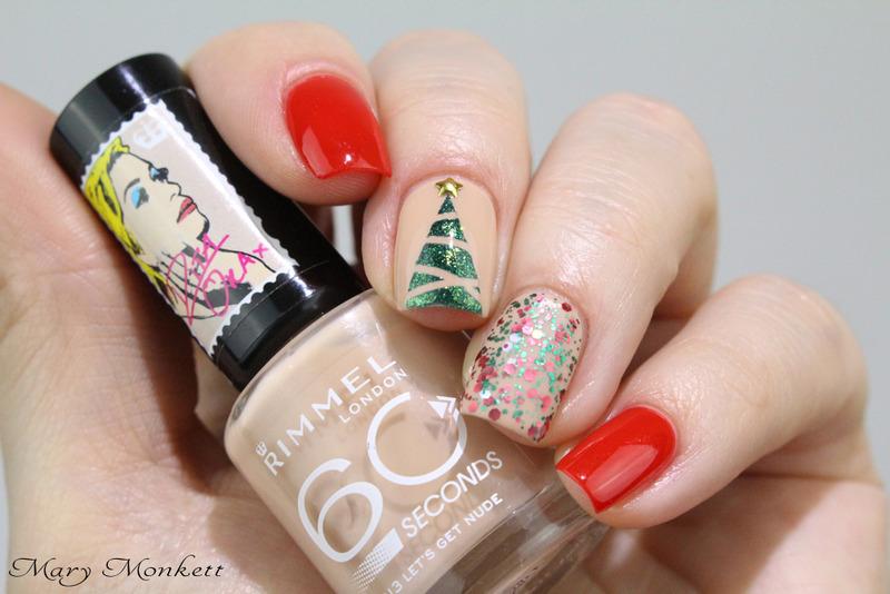 Simplicité de Noël nail art by Mary Monkett