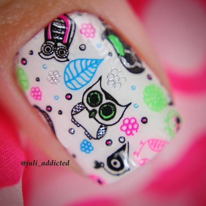 #56-2 nail art by Juli
