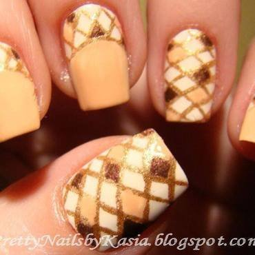 Checked Nude Nails nail art by Pretty Nails by Kasia