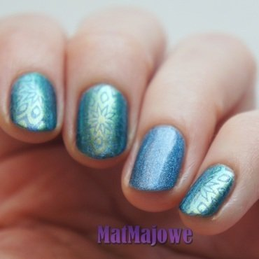 Stamping with holo and duochrome in my favourite colours nail art by MatMaja