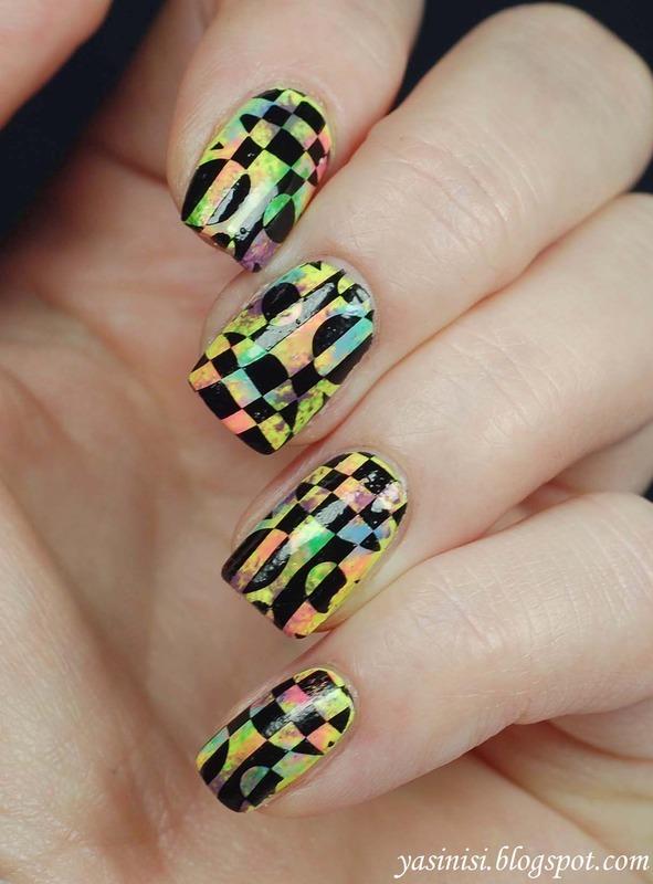 Neons and black nail art by Yasinisi