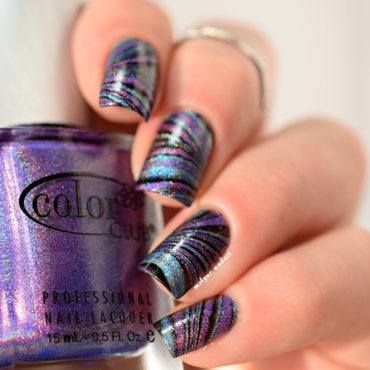 watermarble holo nail art by melyne nailart