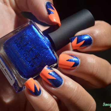 Explosion  nail art by Sweapee