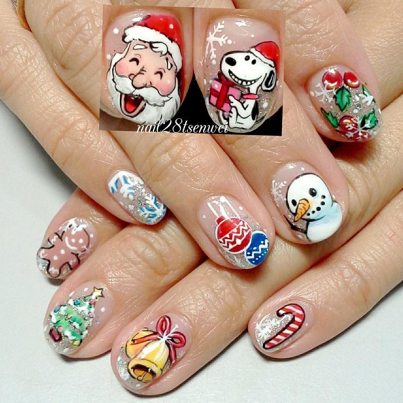 Christmas nail art by Weiwei